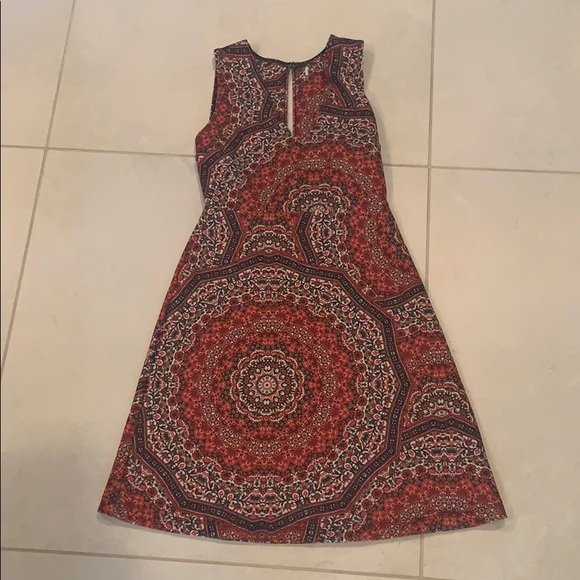 Dresses & Skirts - Red and White Rustic Patterned Dress